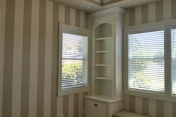 Custom interior stripes painted in an upscale Bend, Oregon neighborhood.